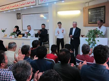 جشن رهايي مسافر مصطفي و مسافر حسين